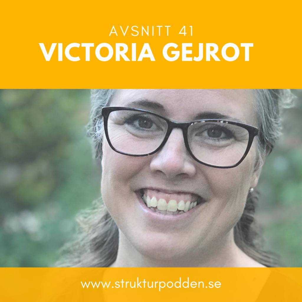 Victoria Gejrot berättar om kommunikationstips och vad man alltid borde ha i handväskan. strukturpodden.se